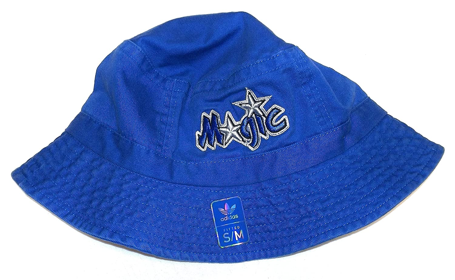 b5af3907c4 Amazon.com   NBA Hardwood Classics Orlando Magic Bucket Hat S M by Adidas    Sports   Outdoors