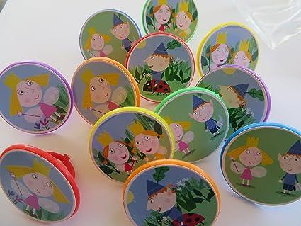 Amazon.com: Ben y Holly s KINGDOM Cupcake anillo adornos ...