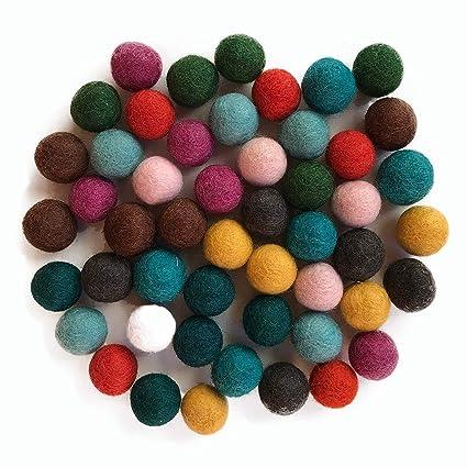 c14cb90a3d Colección llena de color de 50 bolas de fieltro  quot Amigos Mix quot  de 2