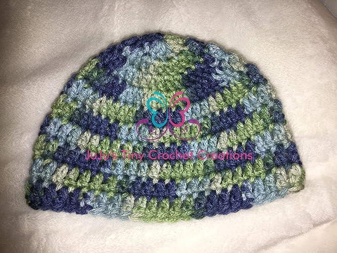 19da3f98b7c Crocheted Handmade Baby Newborn Hat - Photo Prop - Baby Shower Gift - Baby  Clothes - Christmas Gift - Holiday Gift - Winter Hat - Winter Accessories  ...
