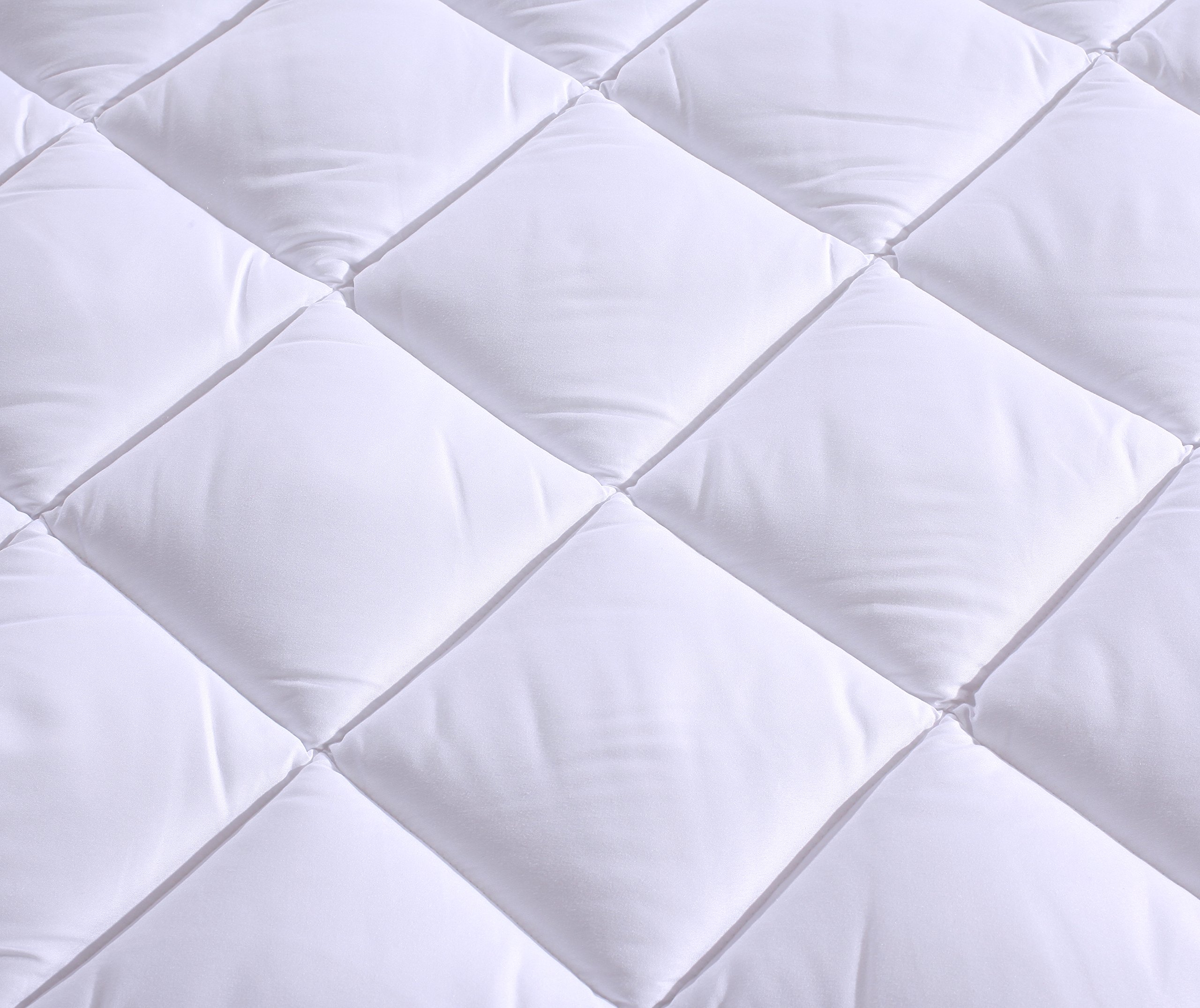 Everest Premium Plus Mattress Pad HypoallergenicQuilted Mattress Topper, Deep Pocket, Stretch to Fit, Microfiber,Extra Plush (Sleeper Sofa Compressed, Sleeper Sofa Full (54'' x 72'' + 12'' depth) 15oz)