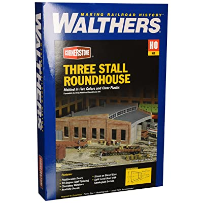 Walthers Cornerstone HO Scale Model Roundhouse: Toys & Games