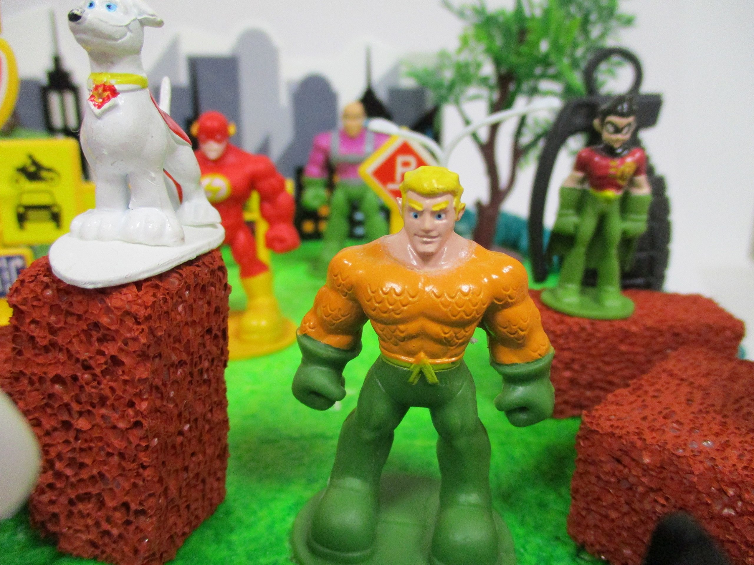 DC Comic Super Friends Birthday Cake Topper Set Featuring Super Hero Crime Fighters and Villains with Decorative Accessories by Kitoo (Image #3)