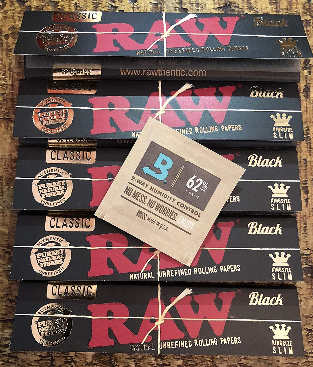 Raw Black Kingsize 5 Pack Bundle + Free Boveda 1g 62% Humidity