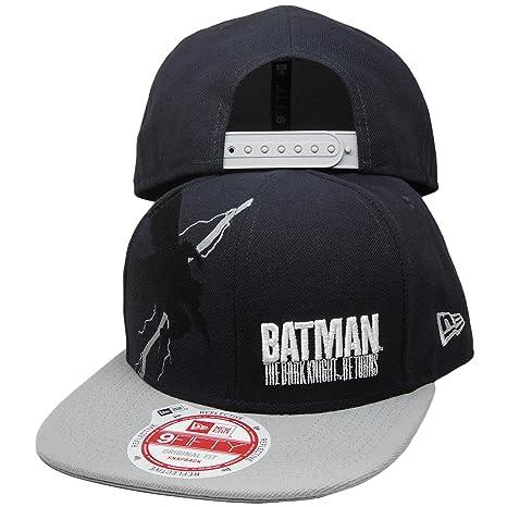 6920599ff09 Amazon.com  Batman New Era 9Fifty Knight Flash Snapback  Sports   Outdoors