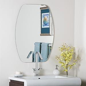 Decor Wonderland Frameless Oval Beveled Mirror