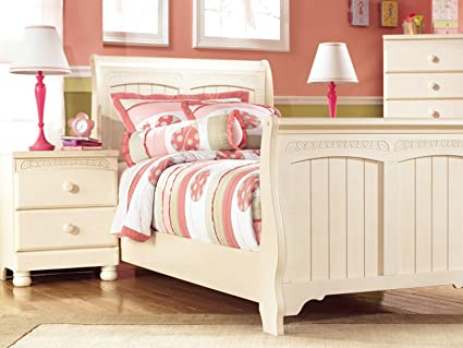 Amazon.com: Ashley Furniture Signature Design - Cottage Retreat ...