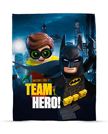 3bf9857ff0 Amazon.com  LEGO Batman Movie Hero Fleece Blanket  Home   Kitchen