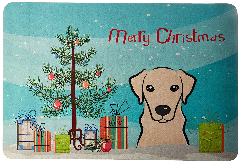 Caroline 's Treasures bb1594jcmtクリスマスツリーとイエローLabradorキッチンやバスマット、24 by 36インチ、マルチカラー   B018PU6ZXW