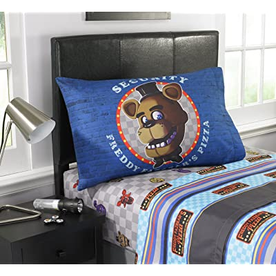Five Nights at Freddy's 'Pizza Security' Kids Twin Sheet Set: Home & Kitchen