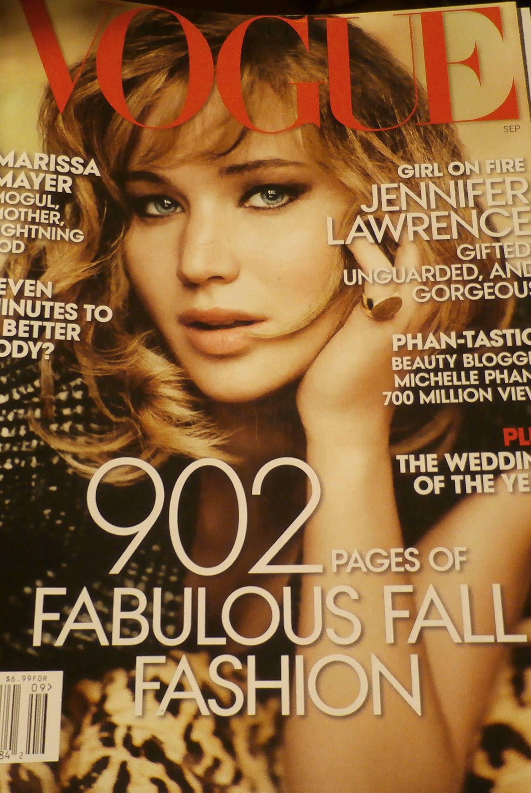 Vogue Magazine September 2013 Jennifer Lawrence Catching Fire, etc: Amazon.es: vogue: Libros