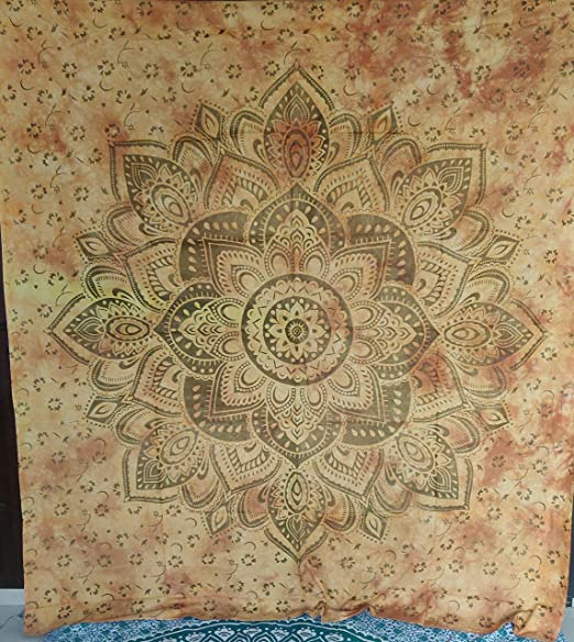 Queen Yellow star tapestry beautiful meditation tapestry Psychedelic Tapestries