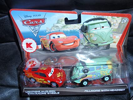 Disney Pixar Cars 2 Die Cast #3 Lightining McQueen Racing Wheels 1:55 scale NEW