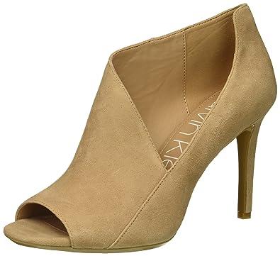 4df41e313a1a Calvin Klein Women s Nastassia Pump Desert Sand 5 Medium US