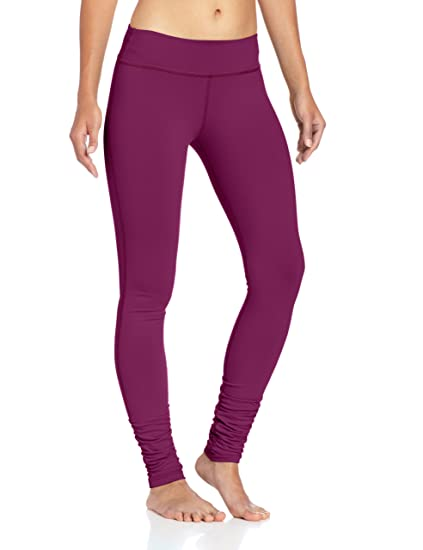 8bac277f8f72 Amazon.com  Beyond Yoga Women s Side Gathered Capri Leggings  Sports ...