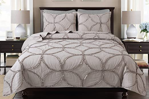 1 Pc Soft Lightweight Bed Quilt Classical Pattern Comforter Bedspread Coverlet