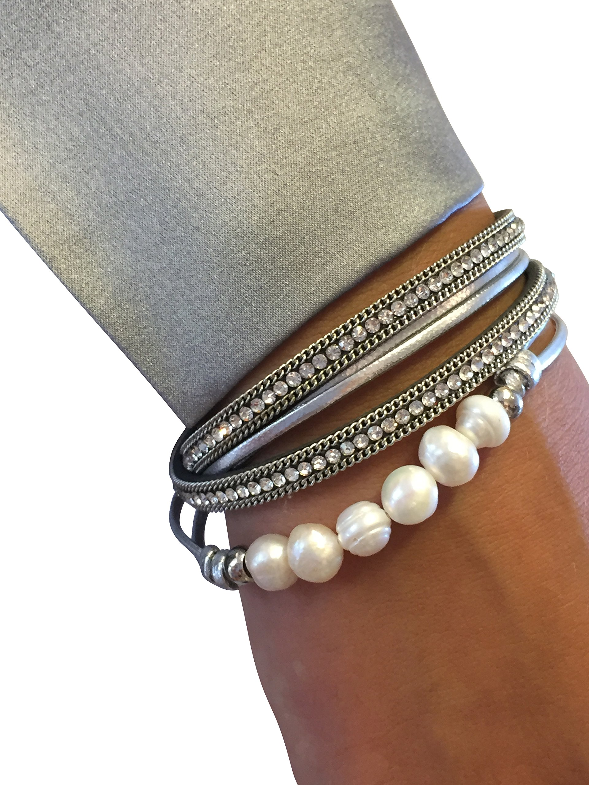 Collection Silver wrap bracelet with fresh water pearls