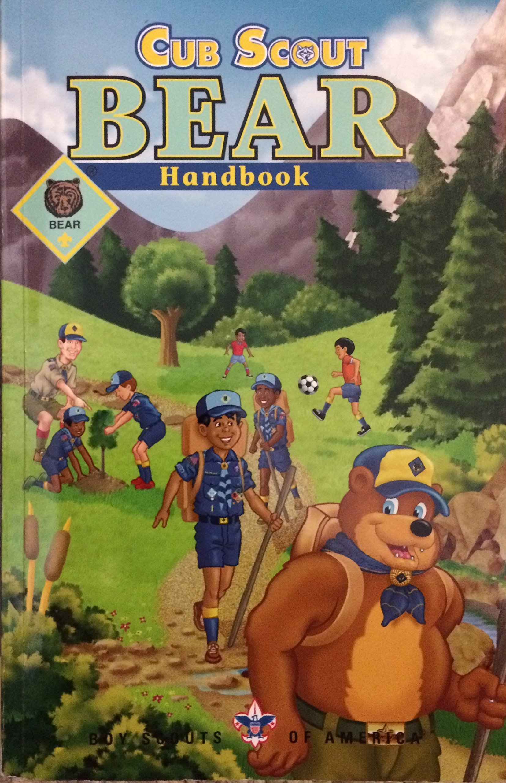 By Boy Scouts of America Cub Scout Bear Handbook by Boy Scouts of America