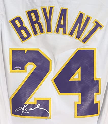 buy online 54994 12a29 Kobe Bryant Los Angeles Lakers Signed Autographed White #24 ...