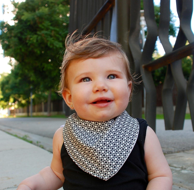 Babero Blanco y Negro, Bandana de algodón ideal para mantener al Bebé seco de las Babitas, Hecho a Mano, Accesorios para Bebé, Complementos para Bebé, Ropa de Bebé Accesorios para Bebé Complementos para Bebé