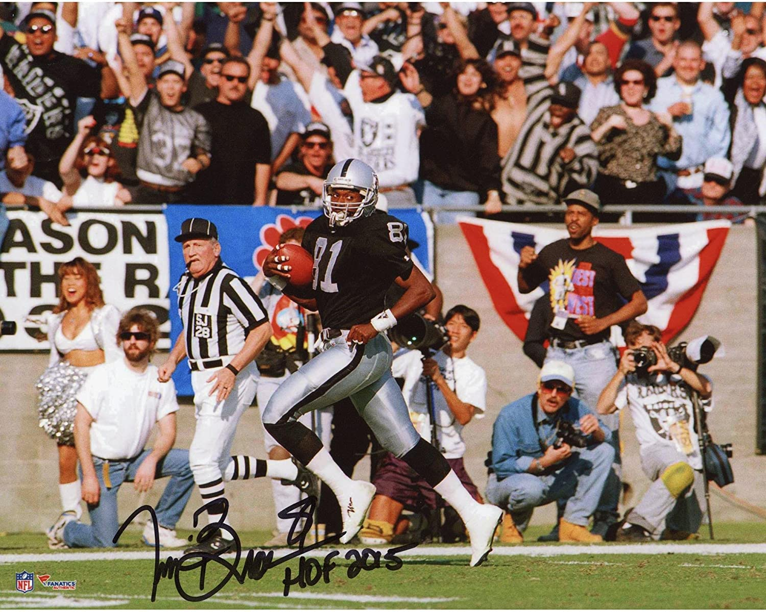 Tim Brown Oakland Raiders Autographed 8 x 10 Running Photograph withHOF 2015 Inscription Fanatics Authentic Certified