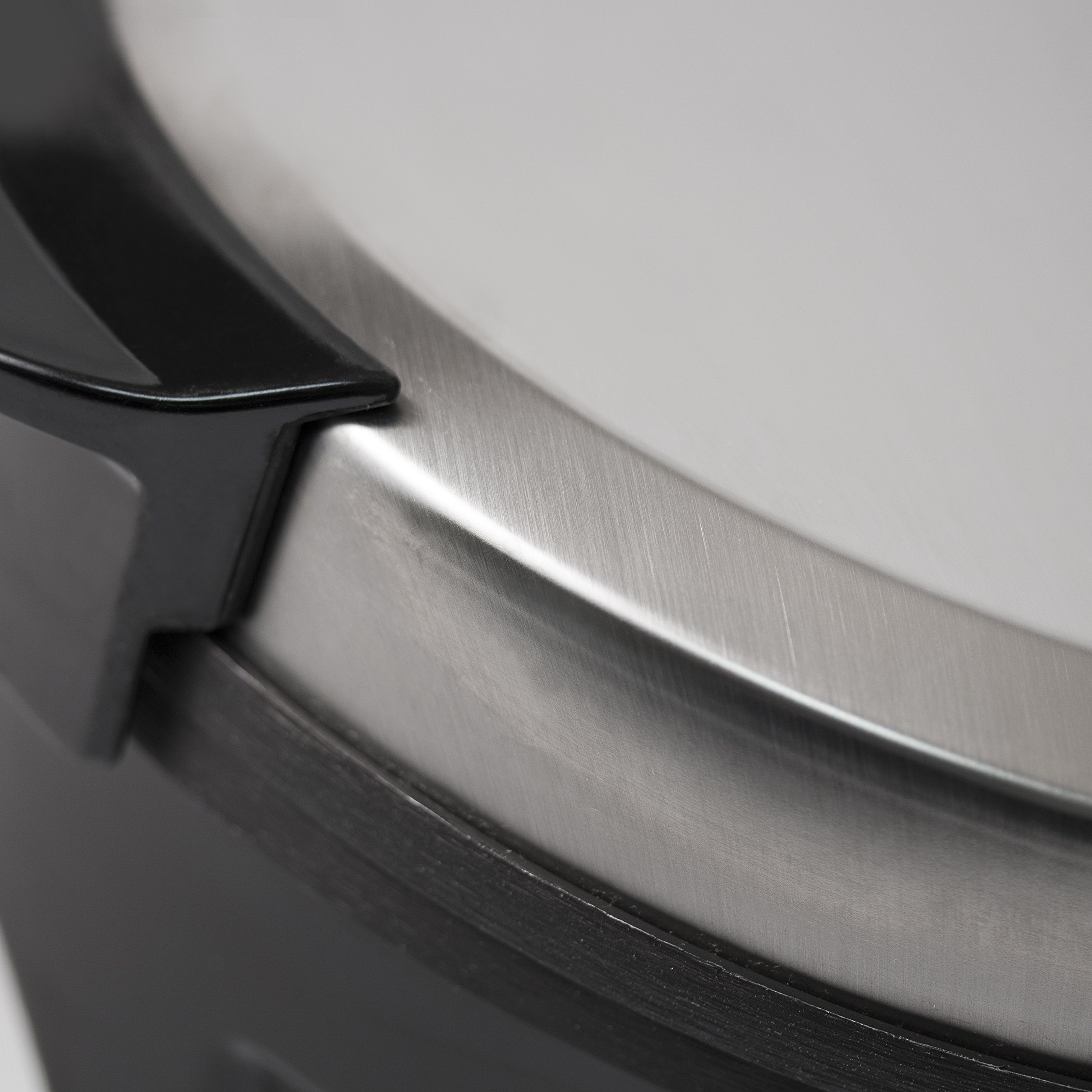 Westinghouse WWM1SSA Select Series Stainless Steel Waffle Maker by Westinghouse (Image #5)