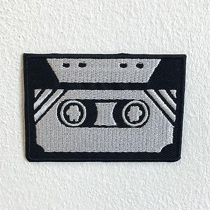 Parche bordado para coser o planchar, diseño de casete antiguo, color blanco y negro