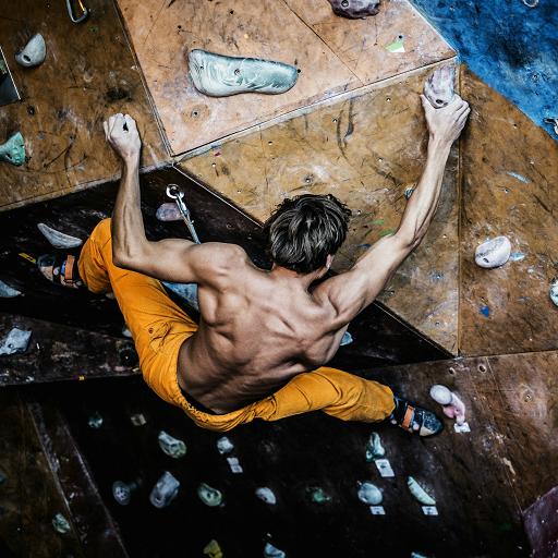Rock Climbing - Learn How To Rock Climb (Device Catch Belay)