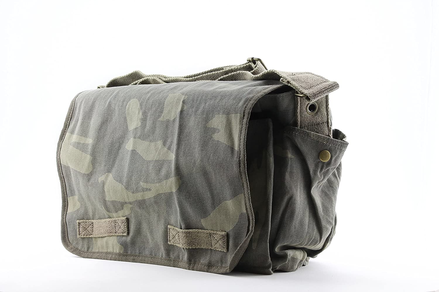 Amazon.com  Woodland Camouflage Mini Messenger Bag Heavyweight Cotton  Canvas Shoulder Bag with official Army Universe Pin  Camouflage Messenger  Bag  ... 5d296f3667e