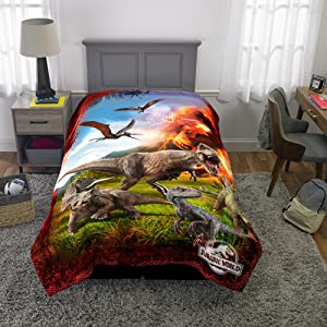 "Universal Jurassic World Fallen Kingdom Kids Bedding Soft Microfiber Reversible Comforter, Twin/Full Size 72"" x 86"", Multi-Color"