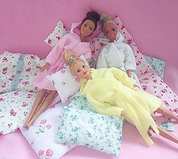 746911ba85 Dolls Cozy Robe and Nightie for Barbie and Sindy sized dolls (Handmade)