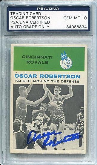 91b16db48 Oscar Robertson Autographed 1961 Fleer Card (PSA DNA) at Amazon s ...