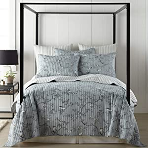 Levtex home - Etienne 4 Piece Quilt Set - King Quilt (106x92in.) + Two King Pillow Shams (36x20in.) + Decorative Pillow (16x16 in.) - Bird Toile - Grey, Black, Cream - Reversible - Cotton Fabric
