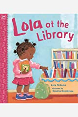 Lola at the Library (Lola Reads) Paperback