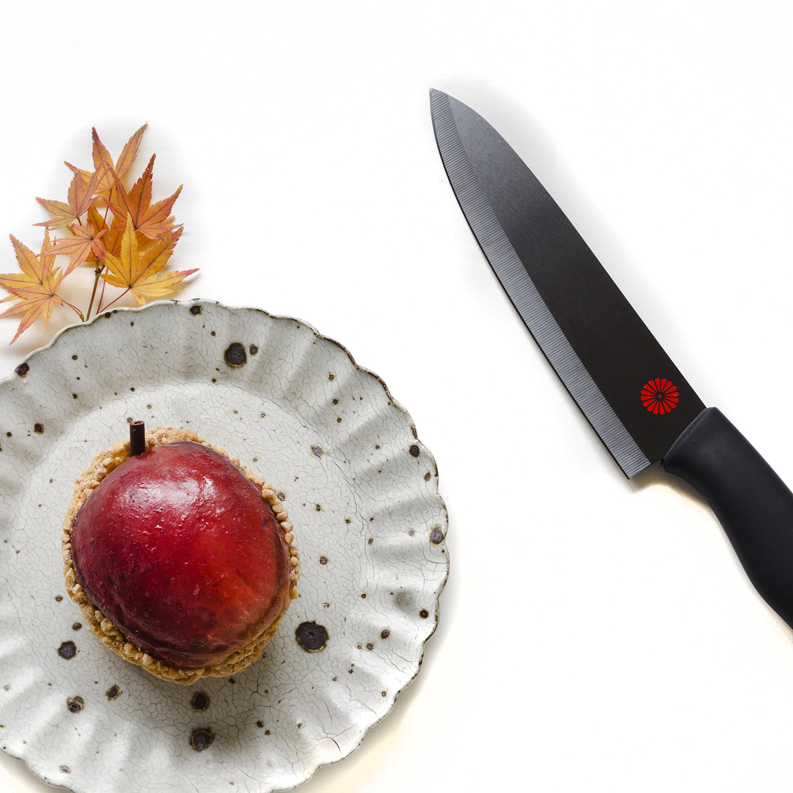 Kikusumi 4-Piece Chef Knife Gift Set Bundle - SUMI Black Handle + Black Ceramic Blade - 7 inch Gyuto Chef Knife + 5 inch Santoku + 3 inch Paring + 8 inch Serrated Bread Knife + 4 Knife Sheaths by Kikusumi (Image #5)