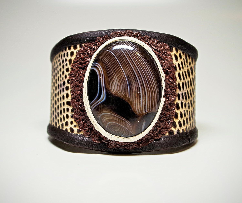 Women's Handmade Renaissance Onyx Agate Cabochon Creamy Brown Leather Cuff Bracelet