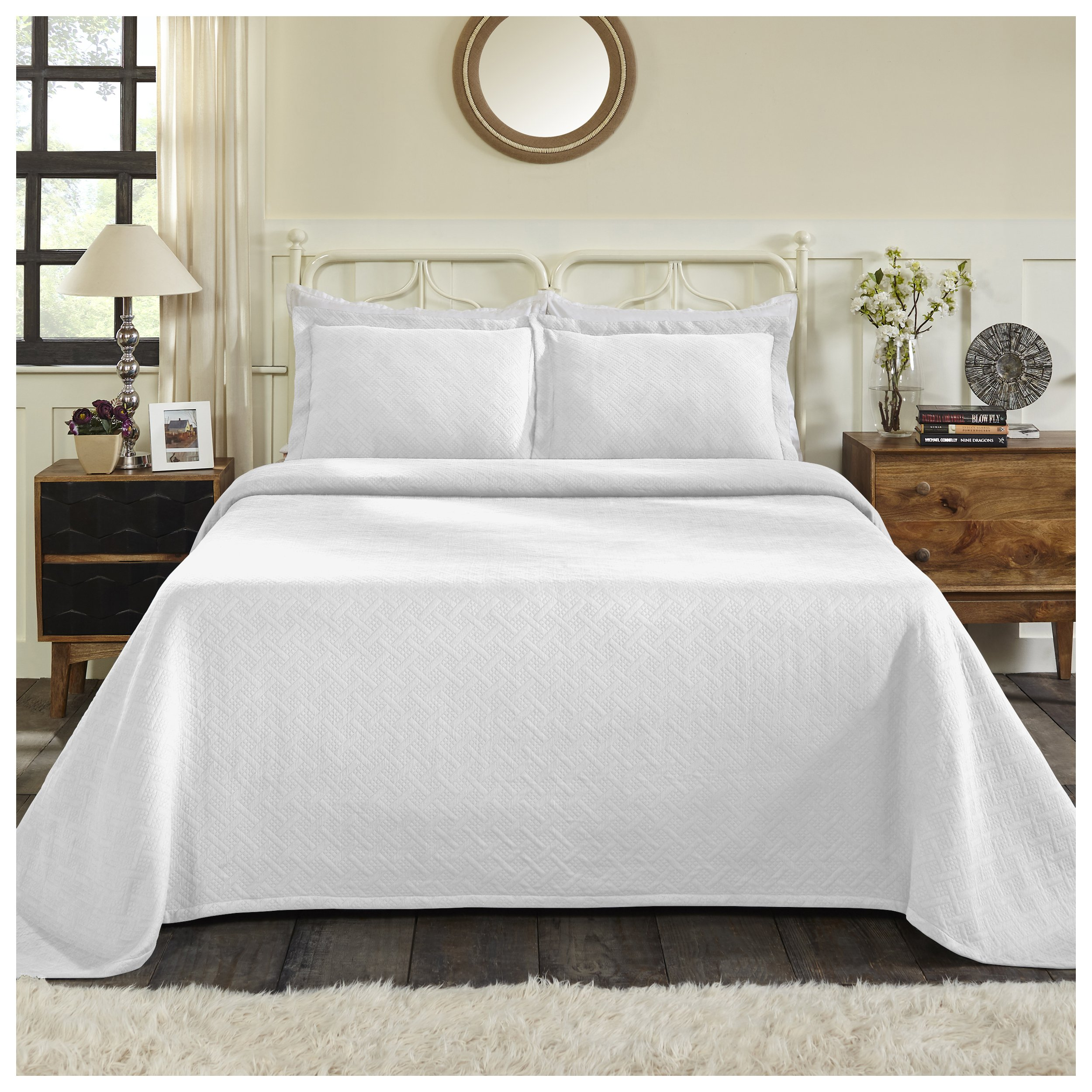 Superior 100% Cotton Basket Weave Bedspread with Shams, All-Season Premium Cotton Matelassé Jacquard Bedding, Quilted-look Geometric Basket Pattern - King, White by Superior