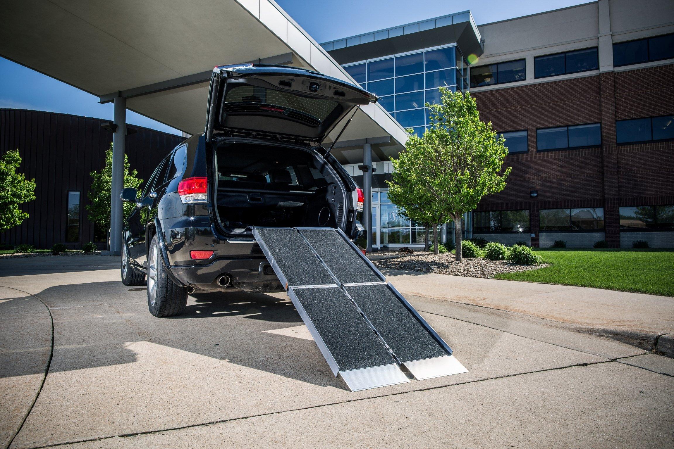 Ez-Access Trifold Ramp Advantage Series, 7 Feet, 44 Pound
