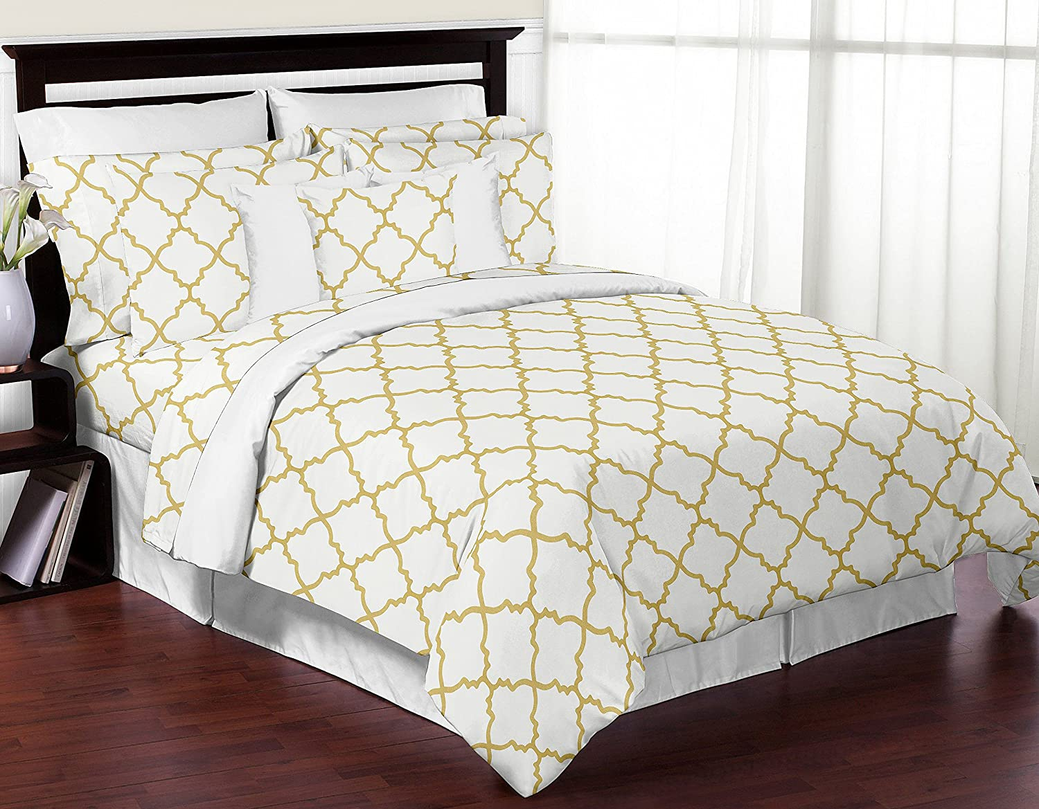 Amazon Com 4 Piece Queen Sheet Set For White And Gold Trellis