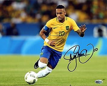 neymar jr brazil signed autographed 8 x 10 dribbling photo at