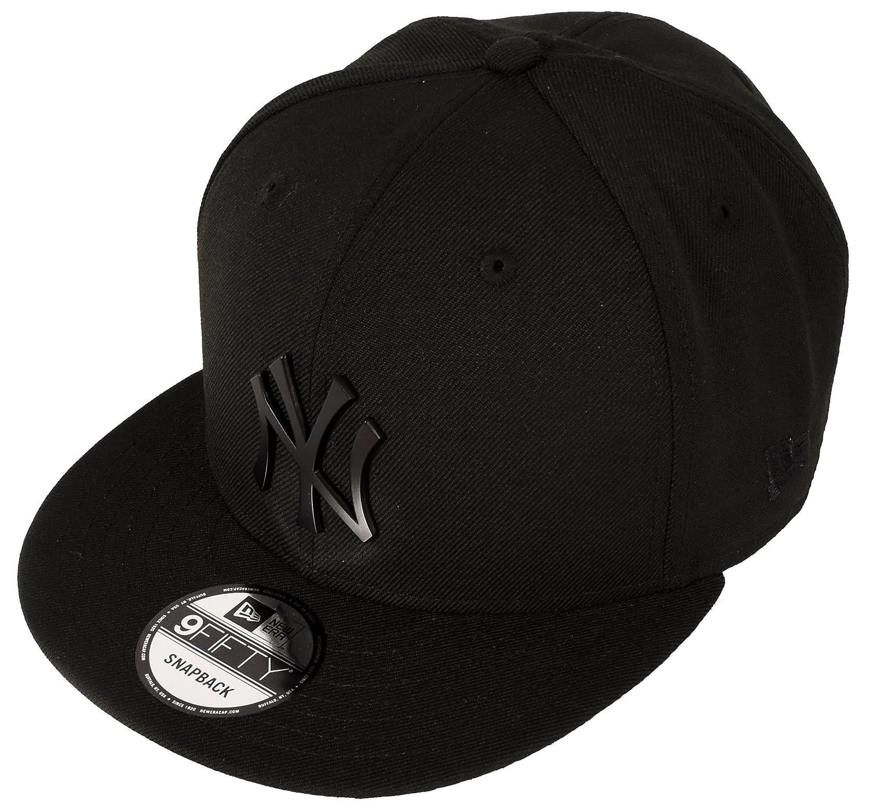 Amazon.com   New Era 9Fifty New York Yankees Metal Logo Snapback ... 8c1924b861b