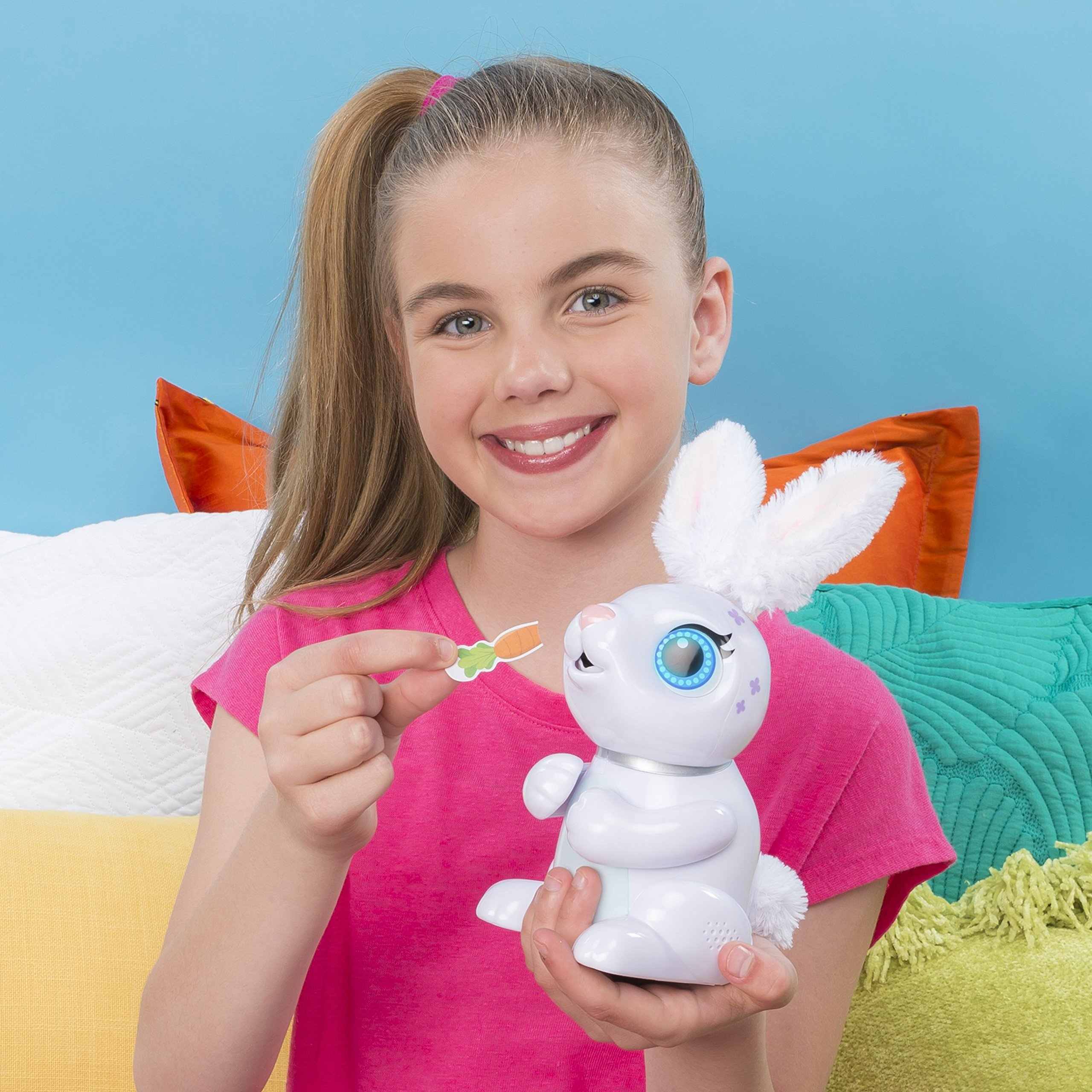 Zoomer Hungry Bunnies Chewy, Interactive Robotic Rabbit That Eats, Ages 5 & Up by Zoomer (Image #3)