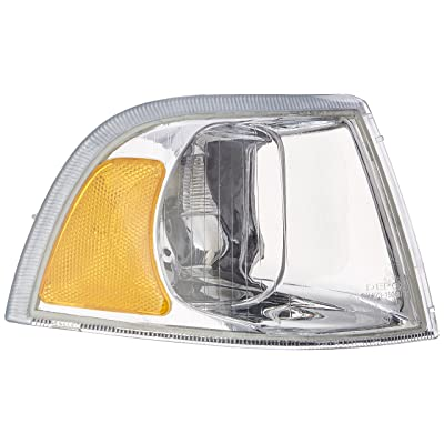 OE Replacement Volvo S40/V40 Passenger Side Parklight Assembly (Partslink Number VO2521107): Automotive