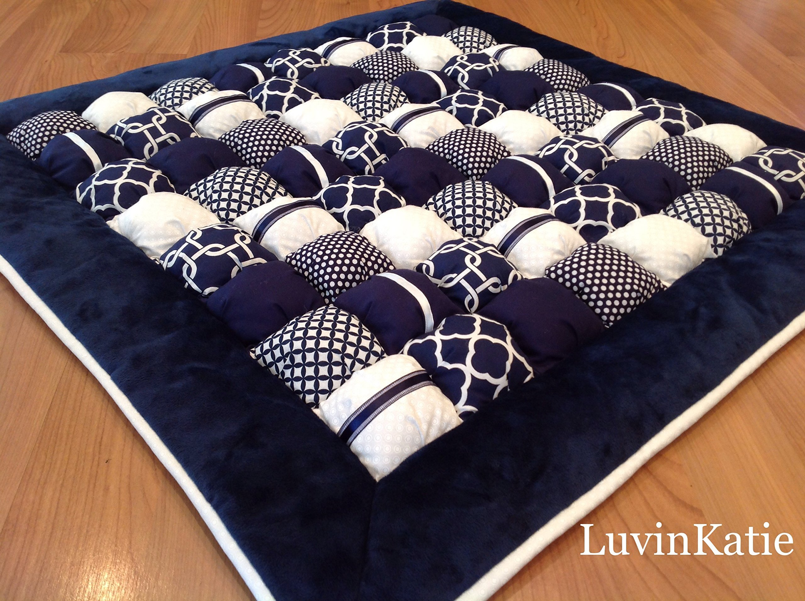Baby Bubble Puff Quilt for Floor Time Tummy Time in Navy Blue and White