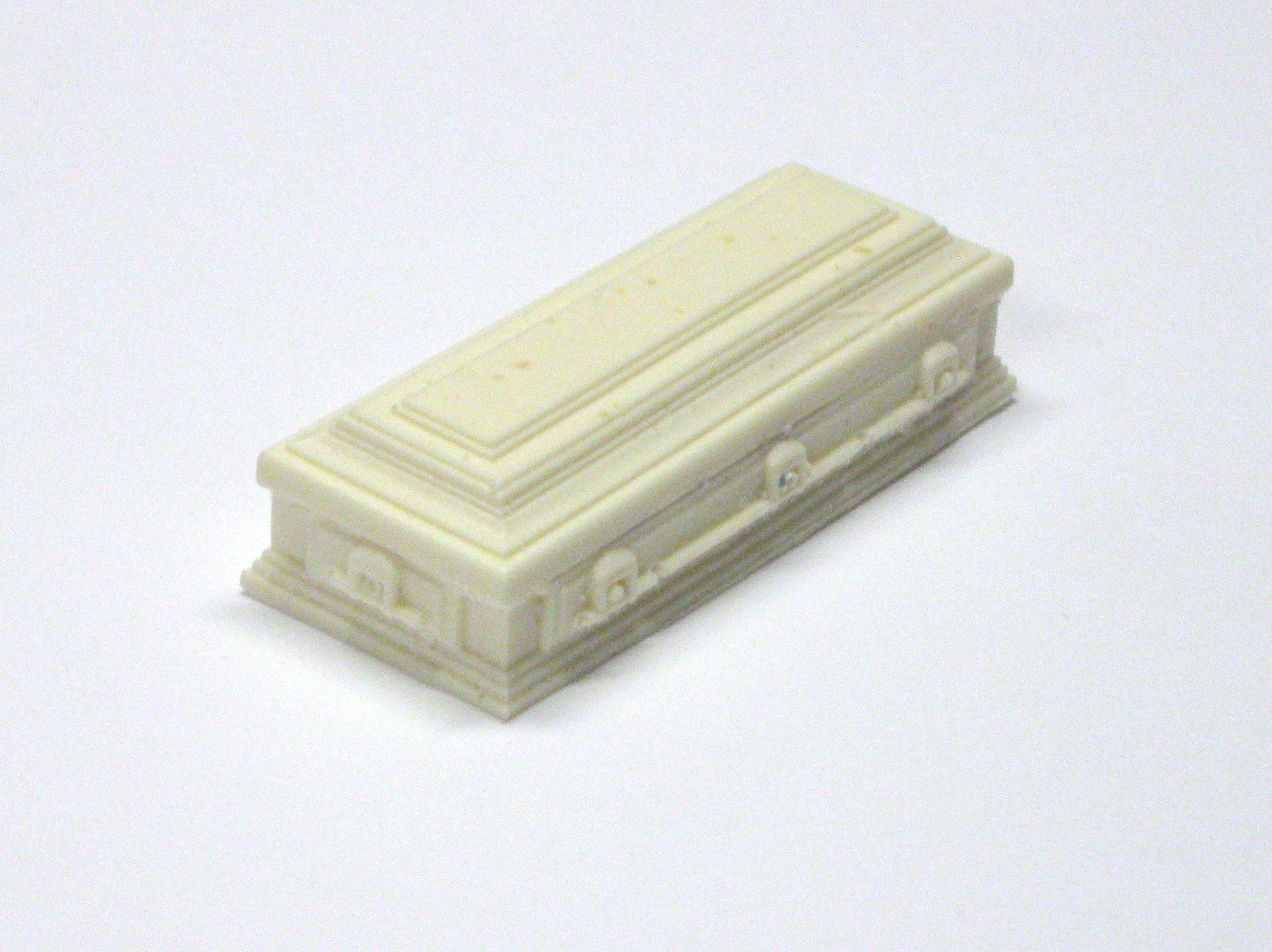 1:32 scale model funeral casket hearse