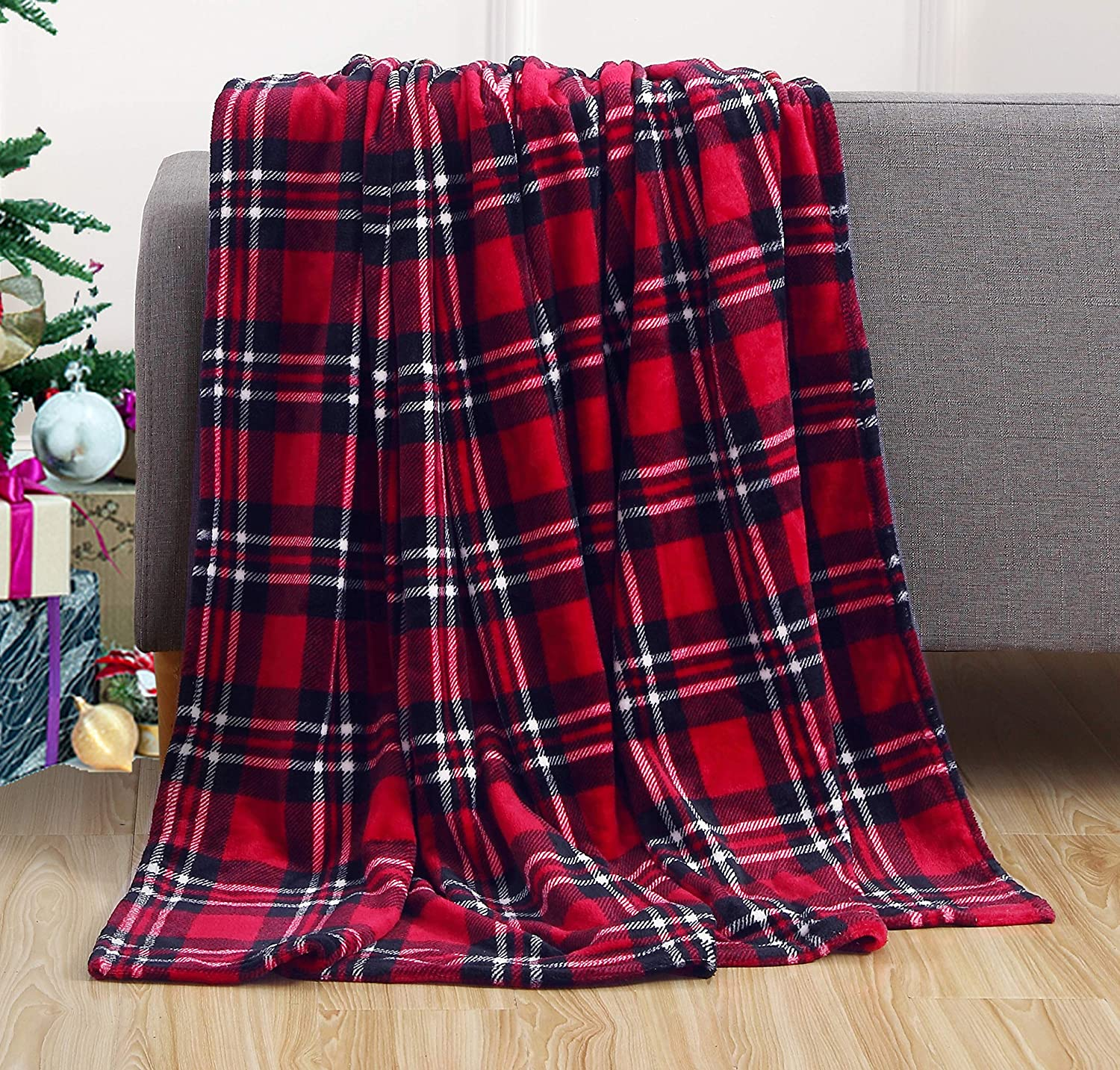 Elegant Comfort Luxury Velvet Super Soft Christmas Prints Fleece Blanket-Holiday Theme Home Décor Fuzzy Warm and Cozy Throws for Winter Bedding, Couch and Gift, 50 x 60 inch, Plaid