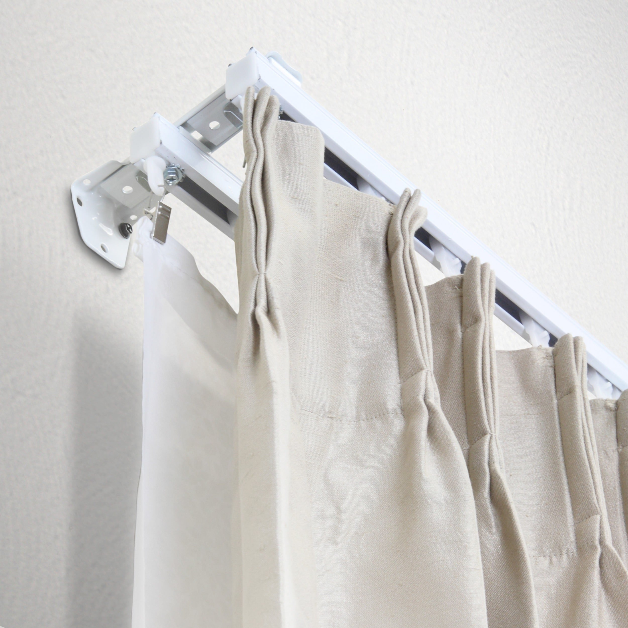 InStyleDesign Heavy Duty White Wall or Ceiling Double Curtain Track / Room Divider 12'