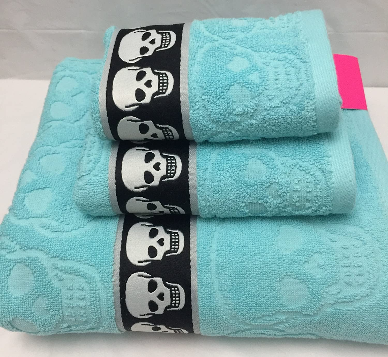 Amazon.com: Betsey Johnson Sculpted Skulls 3Pc Towel Set w/Bath ...