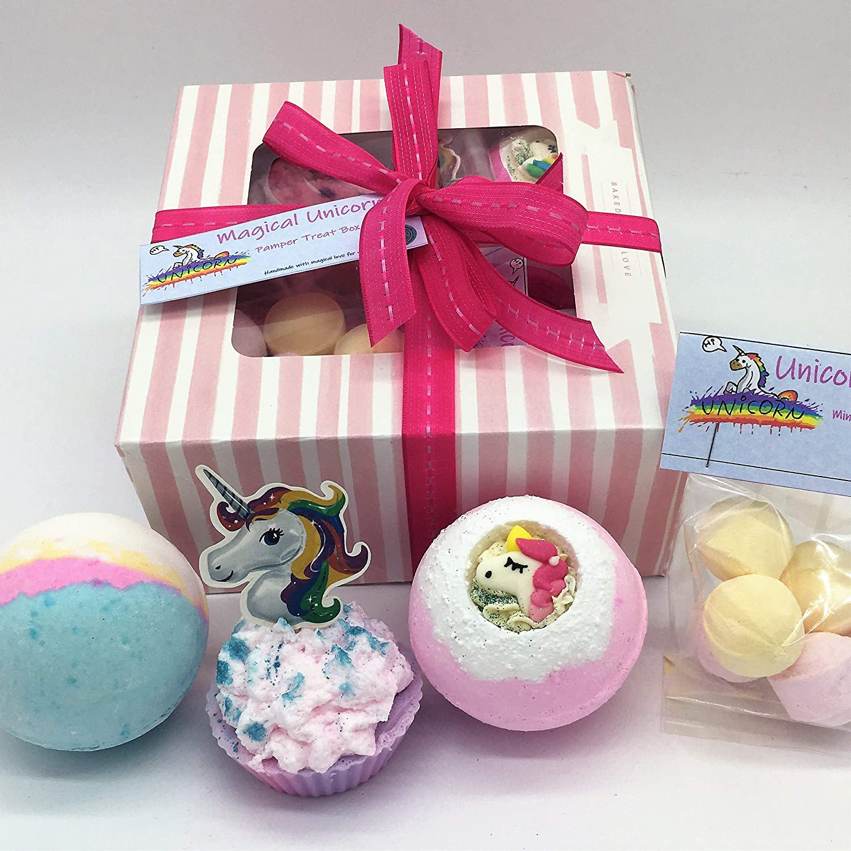 Unicorn Pamper Bath Set - Unicorn Gift - Bath bombs & Soap - Handmade - Vegan - Gift for her - Birthday - Rainbow - Gift For Her - Pamper Set - Bath Set - Christmas Gift - Best Gift Beauty Believers