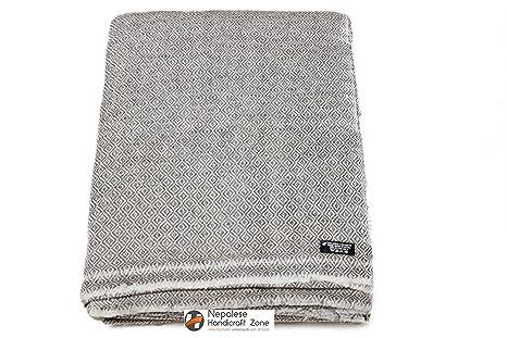 half off ff27f 59d1c Himalayan cashmere throw, Natural cashmere coperta 137,2 x ...